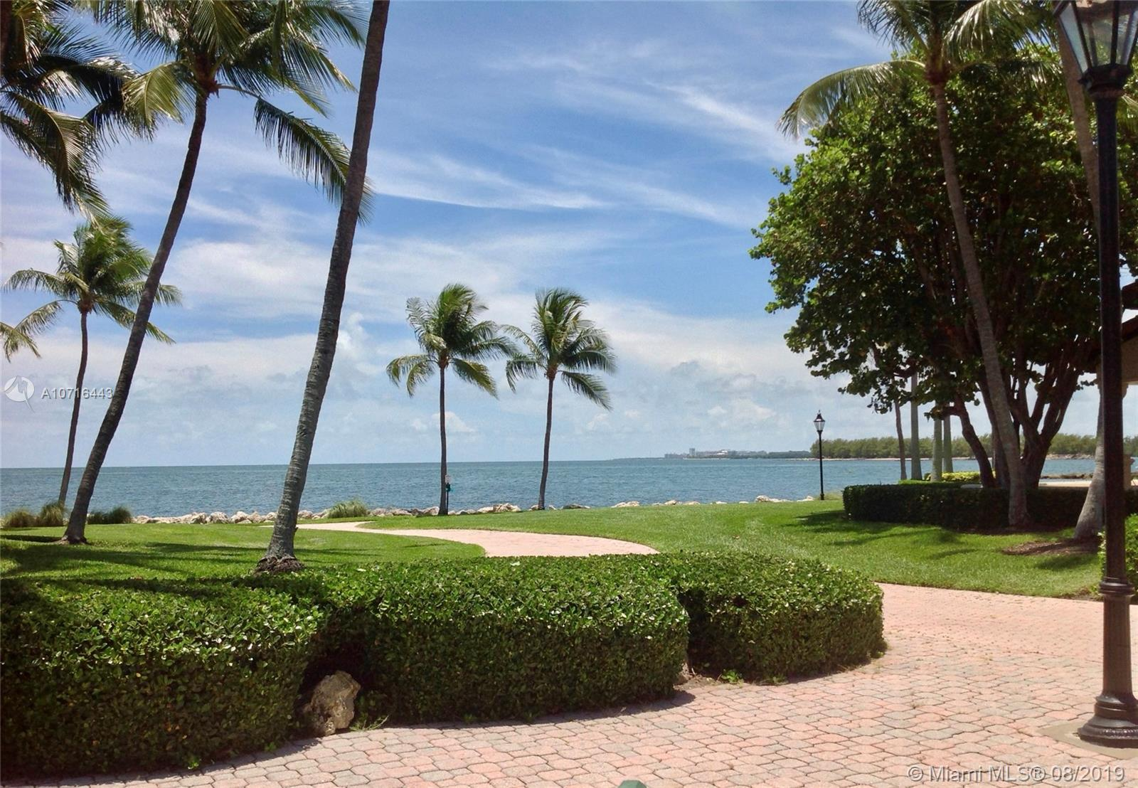 15411 Fisher Island Dr #15411