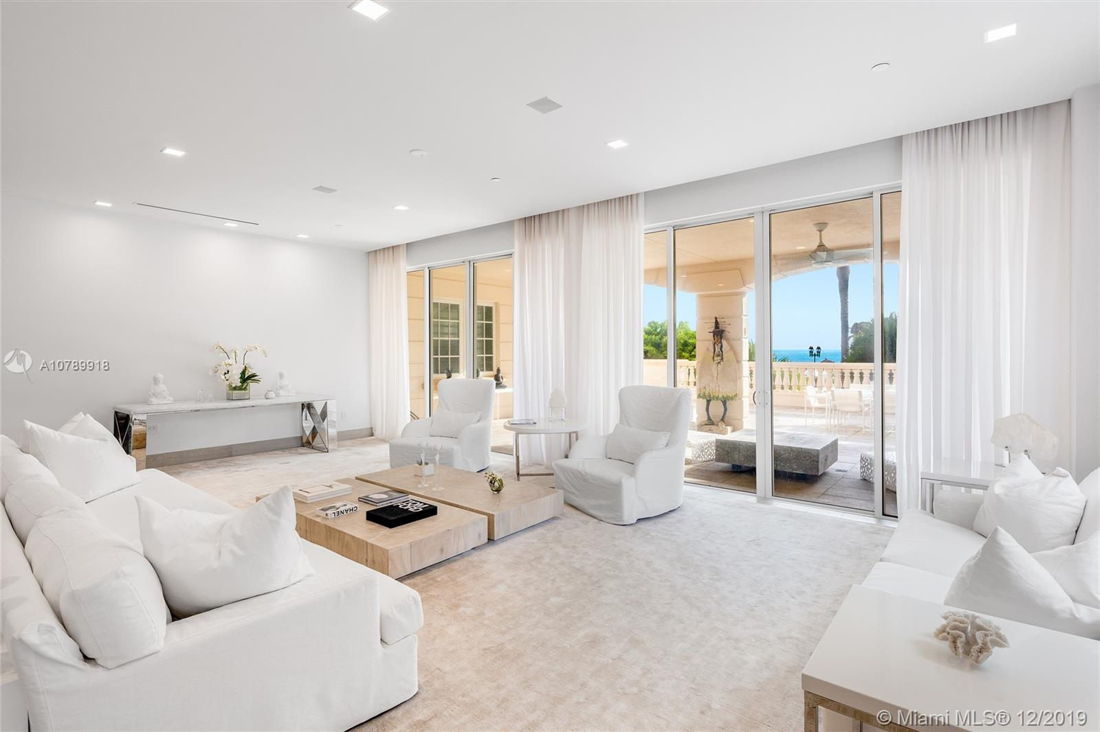 7415 Fisher Island Dr #7415