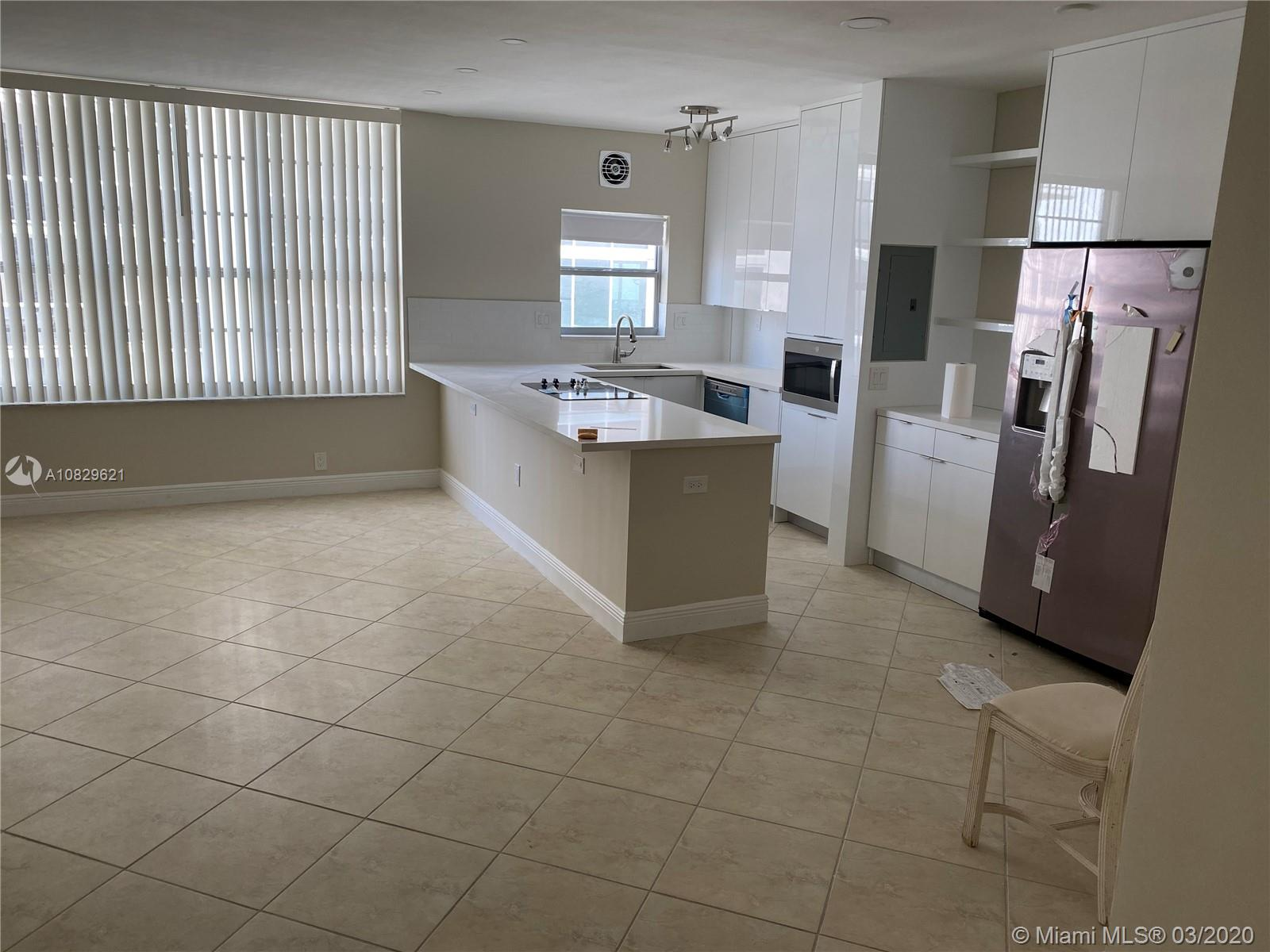 4747 Collins Ave #1408