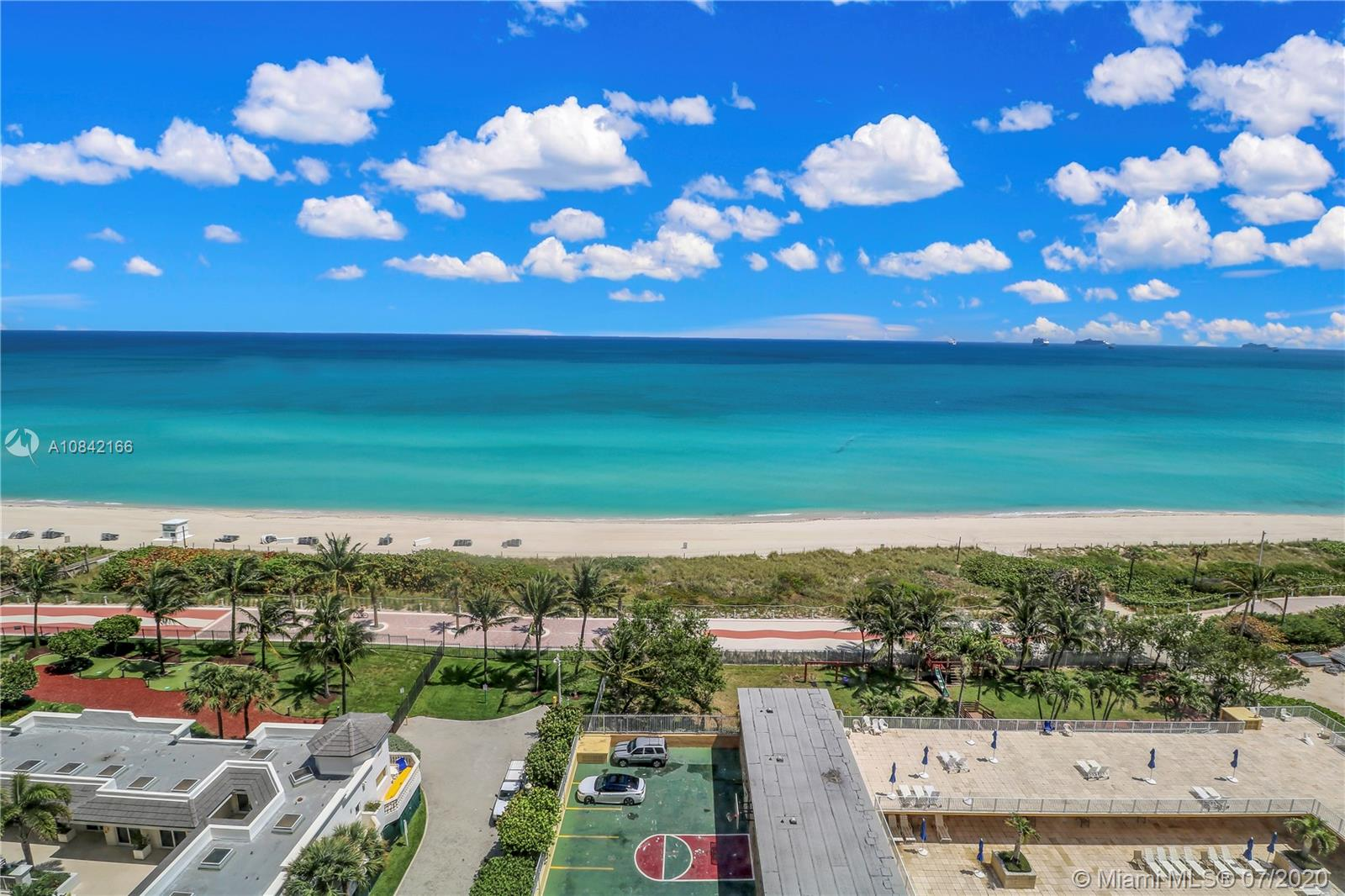4747 Collins Ave #1109