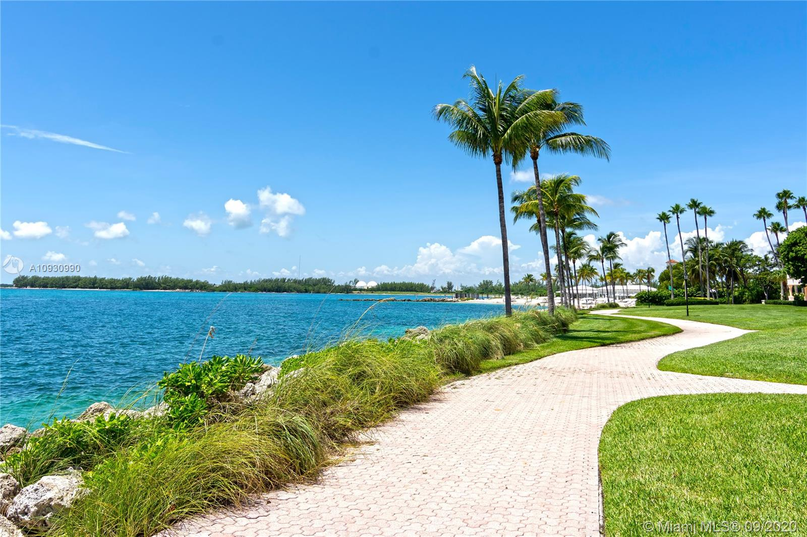 19112 Fisher Island Dr #19112