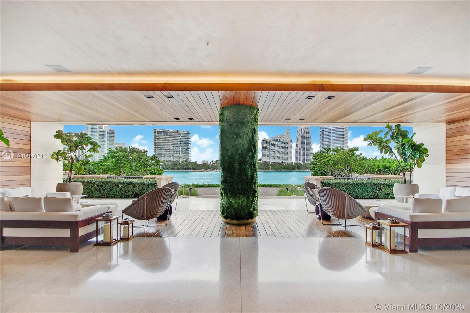 7085 Fisher Island Dr #7085