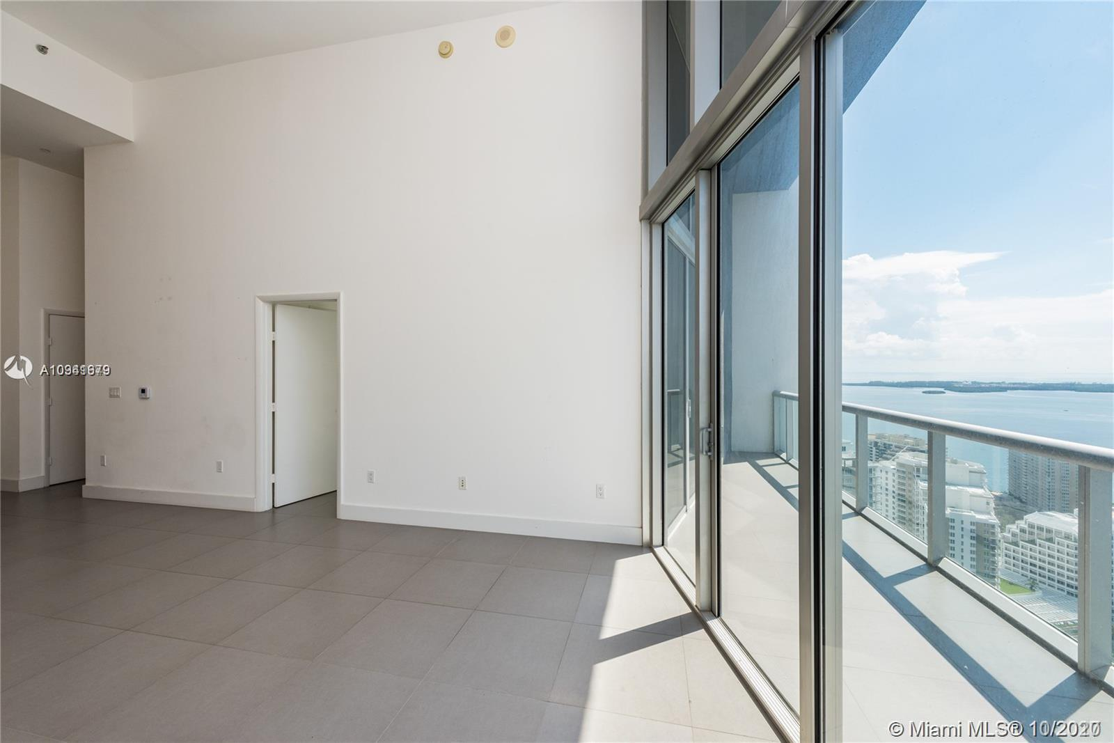 475 Brickell Ave #4111