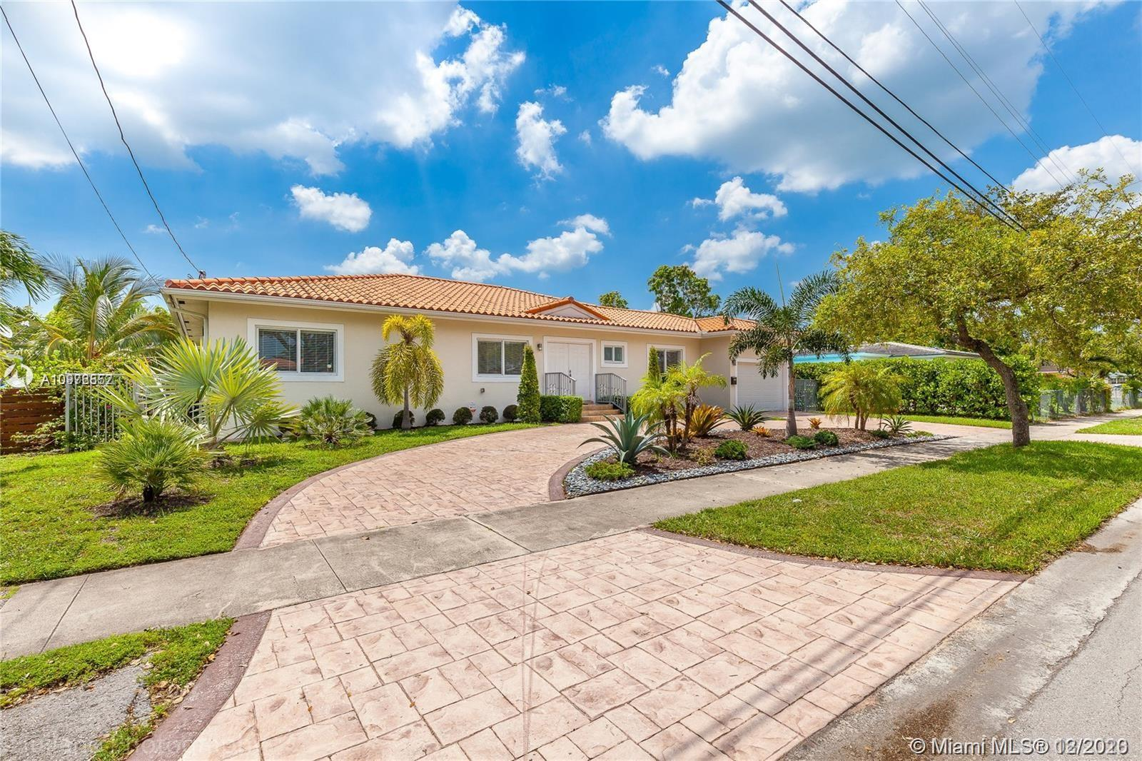 Main property image for  12725 Ixora Rd #
