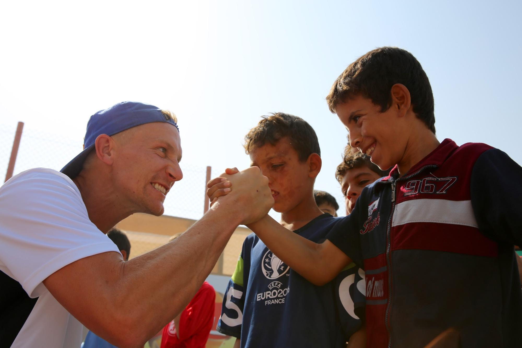 Lenhart Meets Refugees