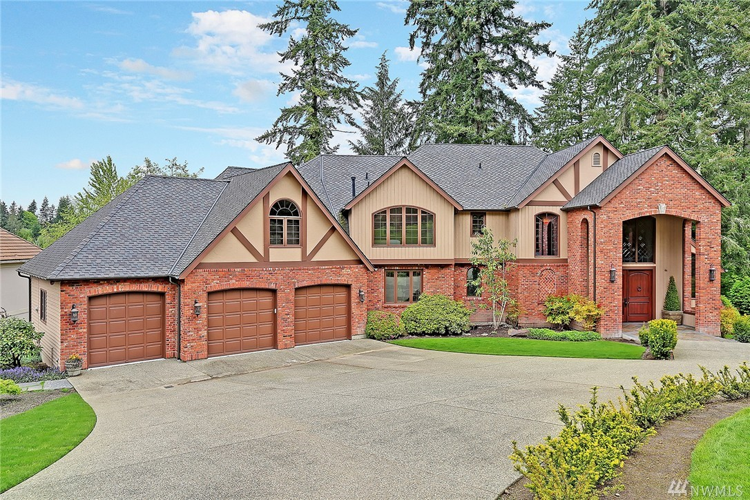 13740 220th Place NE, Woodinville, WA 98077