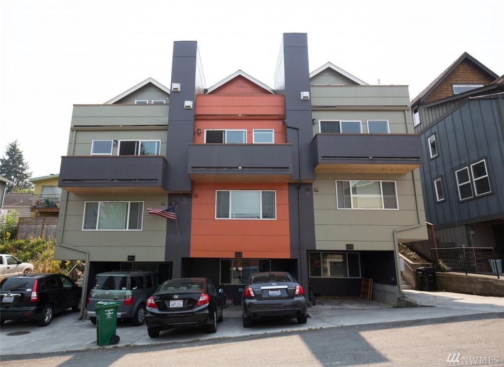 38 Florentia St, Seattle, WA 98109