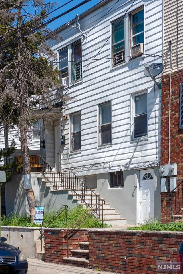 75 Carlisle Avenue, Paterson, NJ 07501