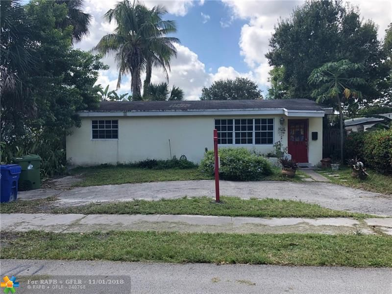 Great bones to fix into beautiful home.  2 bedrooms plus a huge Florida room that could easily be a 3rd bedroom. Fantastic location close to FLL airport, shops, beaches, dog park, cruise port, 95, 595 and more!  Lots of space to work with!  Great open kitchen layout.  Gas range, hot water heater,  bamboo floors. This home NEEDS A NEW ROOF.  It also need some Doors/Window repairs. This home could be restored into the little gem it is!