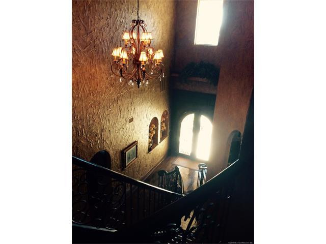 3306 Castle Court