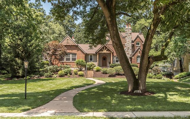 315 S Maple Avenue, Webster Groves, MO 63119