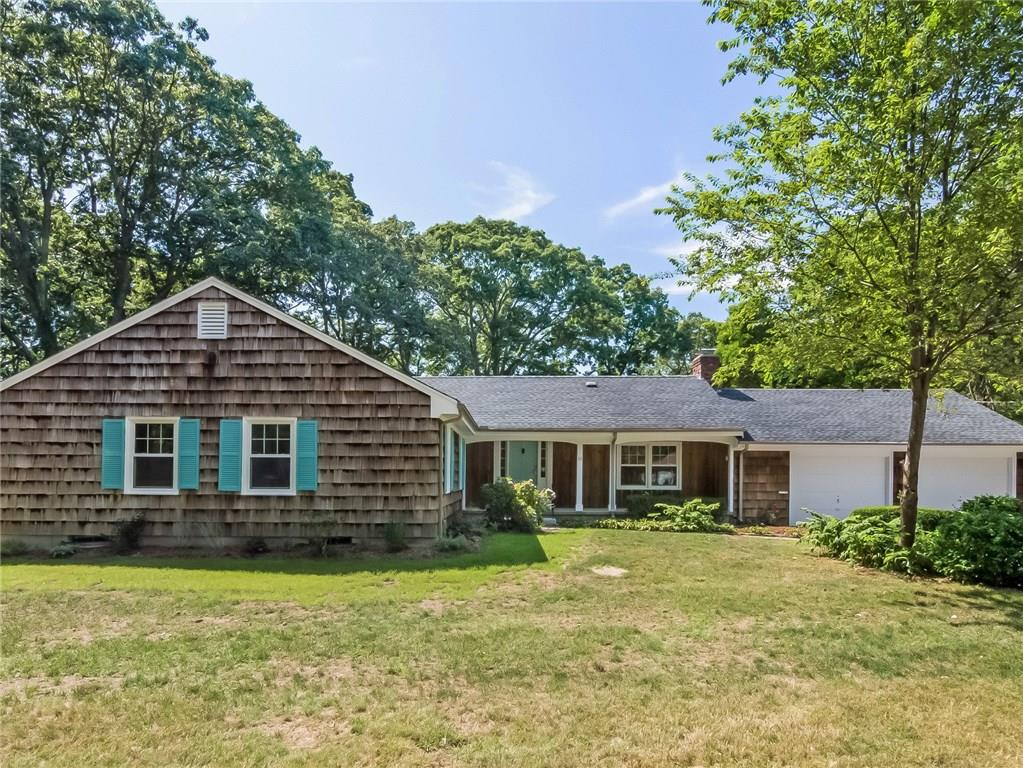 11 Vialls DR, Barrington, RI 02806
