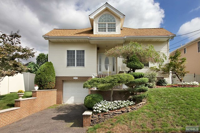 380 Washington Avenue, Rutherford, NJ 07070