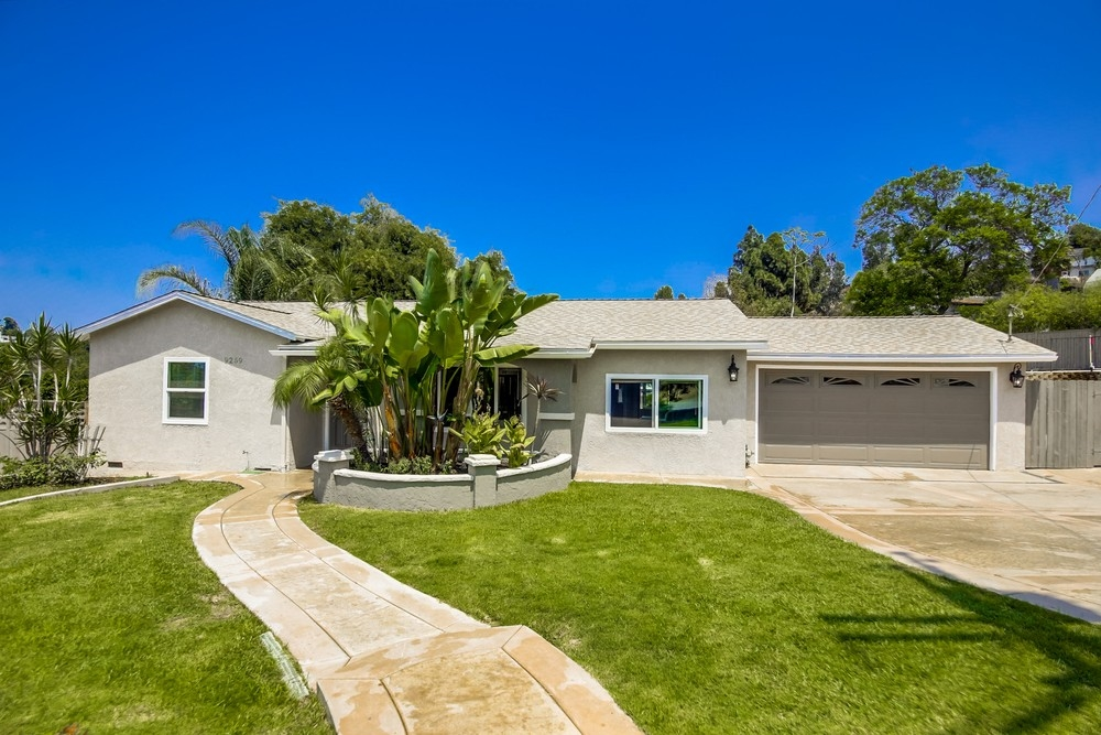 9259 Carthay Cir, Spring Valley, CA 91977