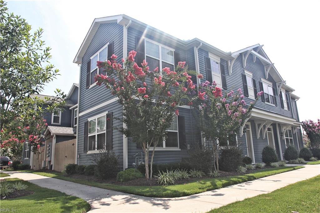 669 Lacy Oak DR, Chesapeake, VA 23320