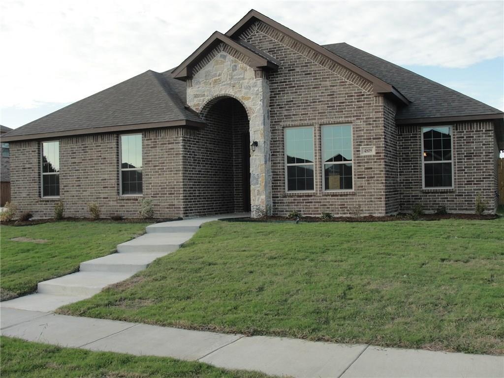 4809 Crestpoint Lane, Garland, TX 75043