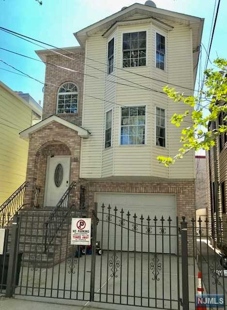 19 Lentz Avenue, Newark, NJ 07105