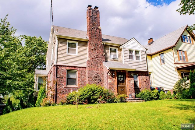 166 Belford Avenue, Rutherford, NJ 07070