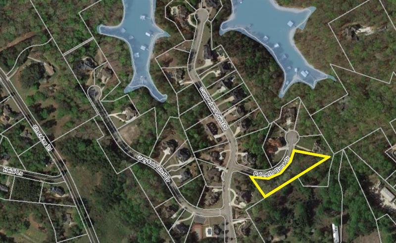 Great lot in a wonderful swim/tennis community on Lake Lanier. Over half an acre surrounded by beautiful Lake Lanier homes!