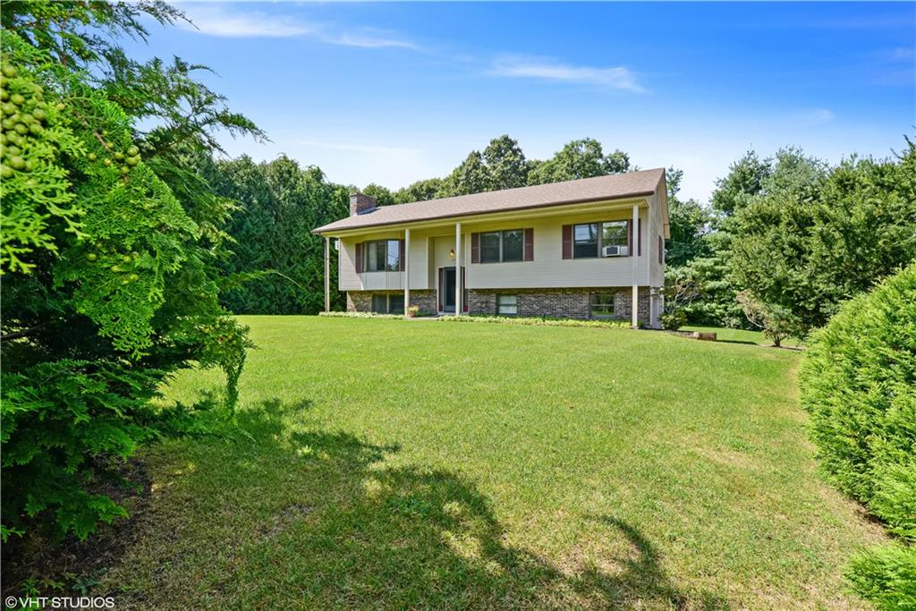 20 Pickering DR, Westerly, RI 02891