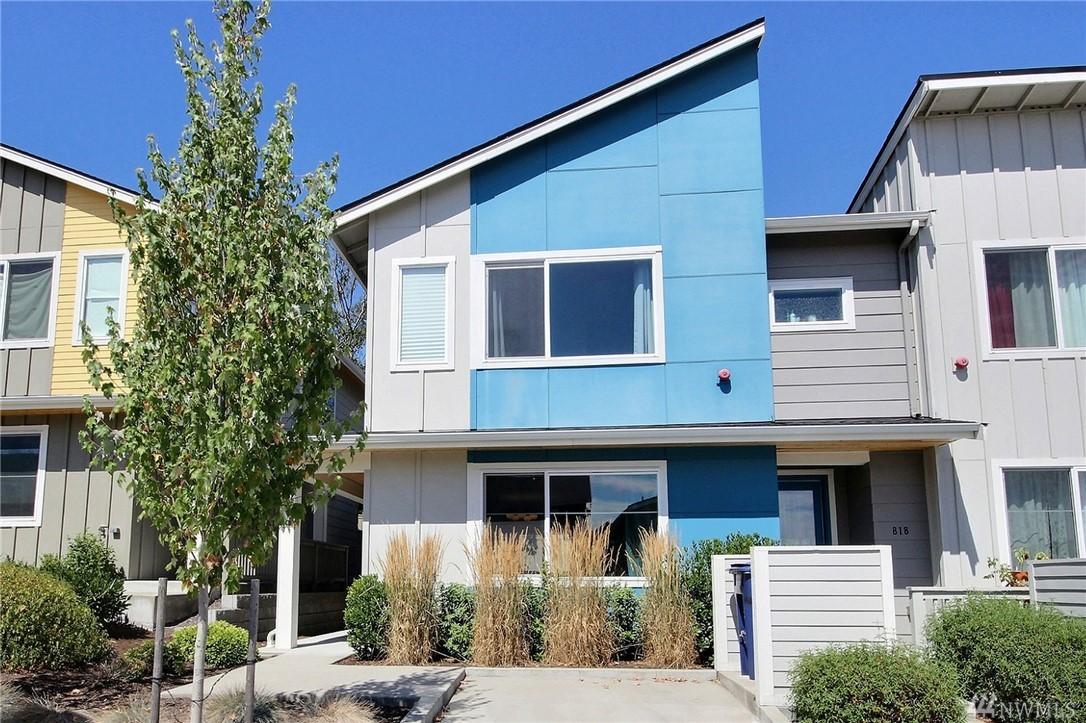 826 SW 96th Place, Seattle, WA 98106