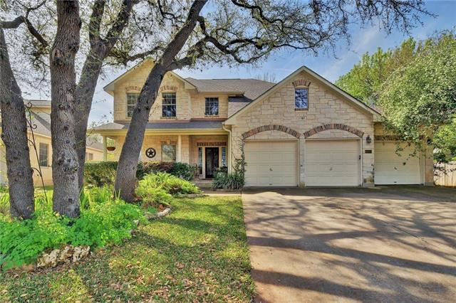 Beautiful, spacious home located in Stone Canyon neighborhood. The freshly painted space ties the breakfast area, kitchen, and family room into a great living area. Huge flex / game room along with the 3 bedrooms and 2 full bathrooms upstairs. Master bathroom includes corner garden tub. Relaxation awaits in the backyard sanctuary with a spectacular pool, spa, and tons of open green space. This home is a walk away from the Shirley McDonald Park (Duck Pond Park) and miles of running/biking trails.