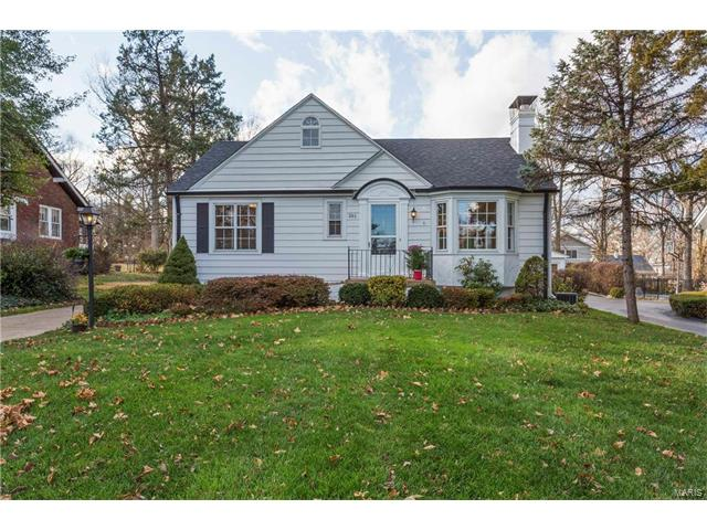 261 S Old Orchard Avenue, Webster Groves, MO 63119