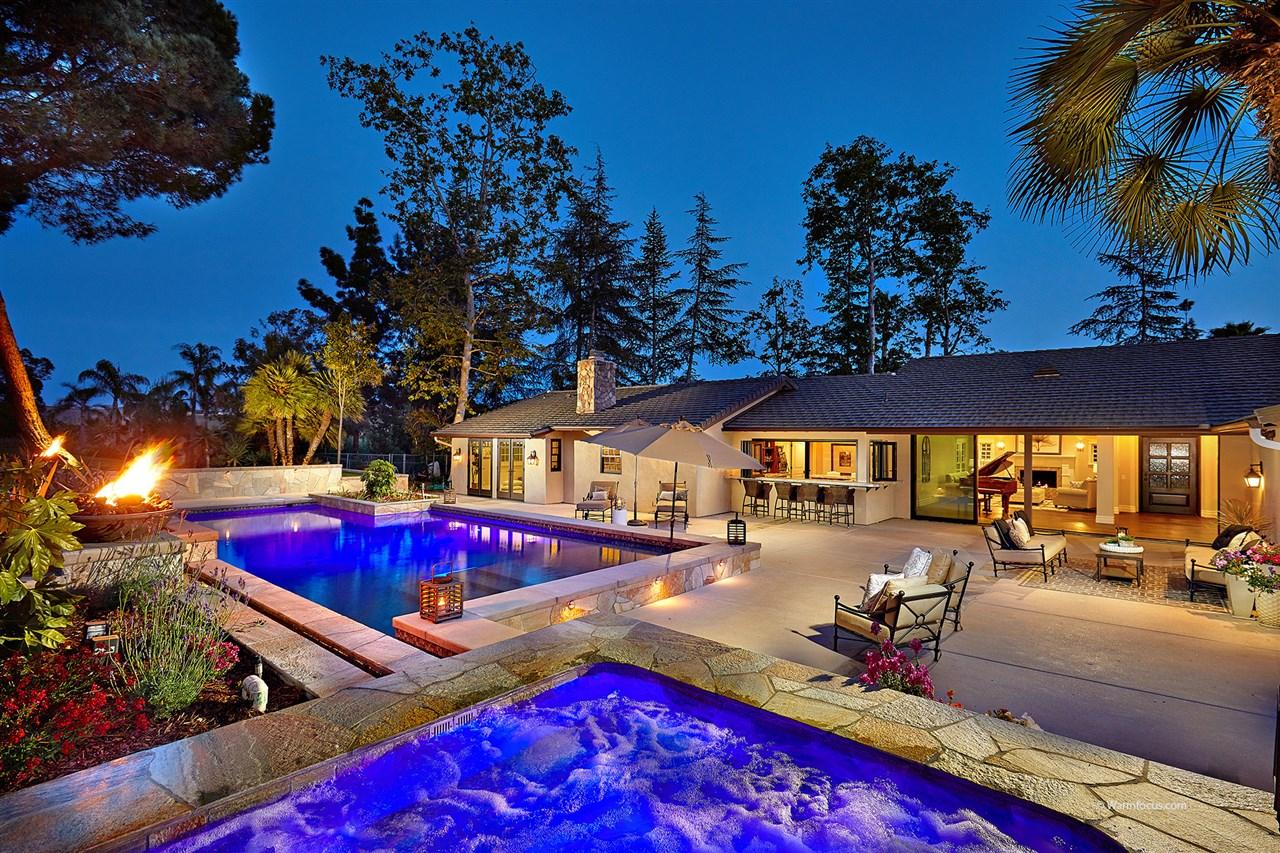 16450 Via A La Casa, Rancho Santa Fe, CA 92067