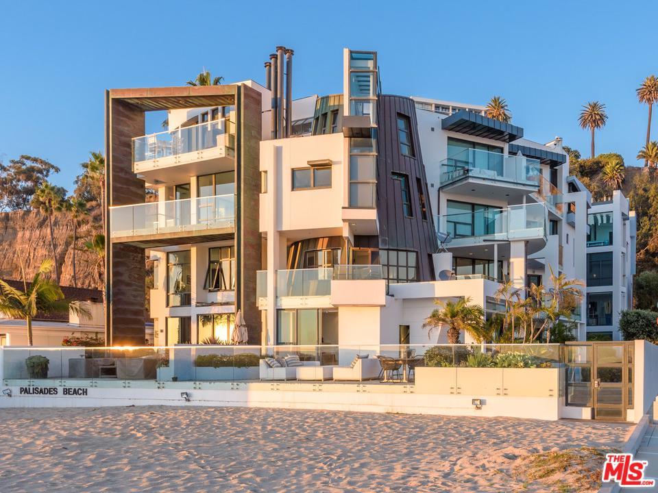 270 PALISADES BEACH Road 203, Santa Monica, CA 90402