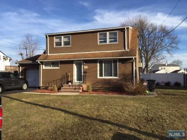 7 Sova Place, Moonachie, NJ 07074