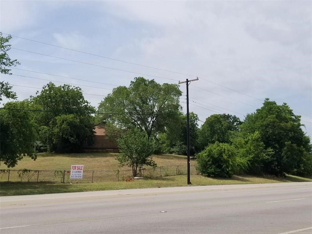 3300 W Division Street, Arlington, TX 76012