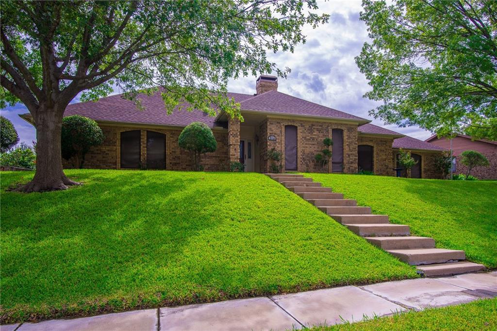 316 Sexton Lane, Benbrook, TX 76126