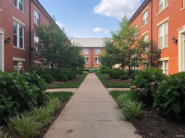 4375 Laclede Avenue, St Louis, MO 63108