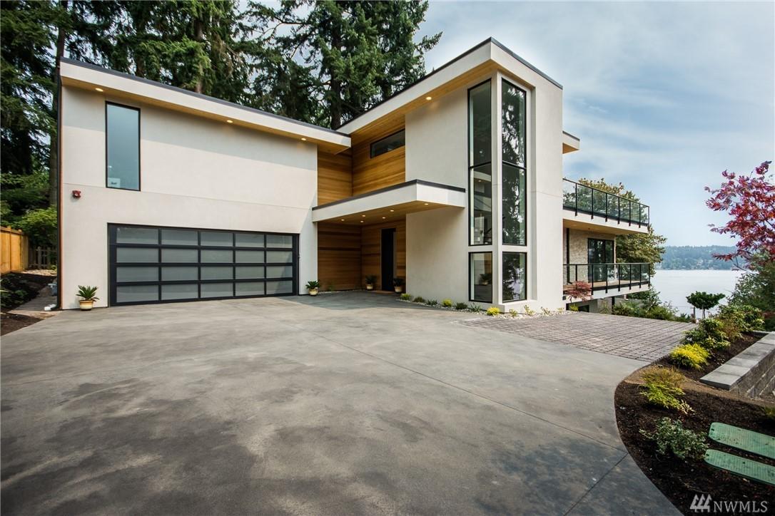 3233 W Lake Sammamish Pkwy SE, Bellevue, WA 98007
