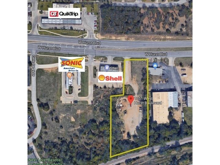 1351 W Hurst Boulevard, Hurst, TX 76053