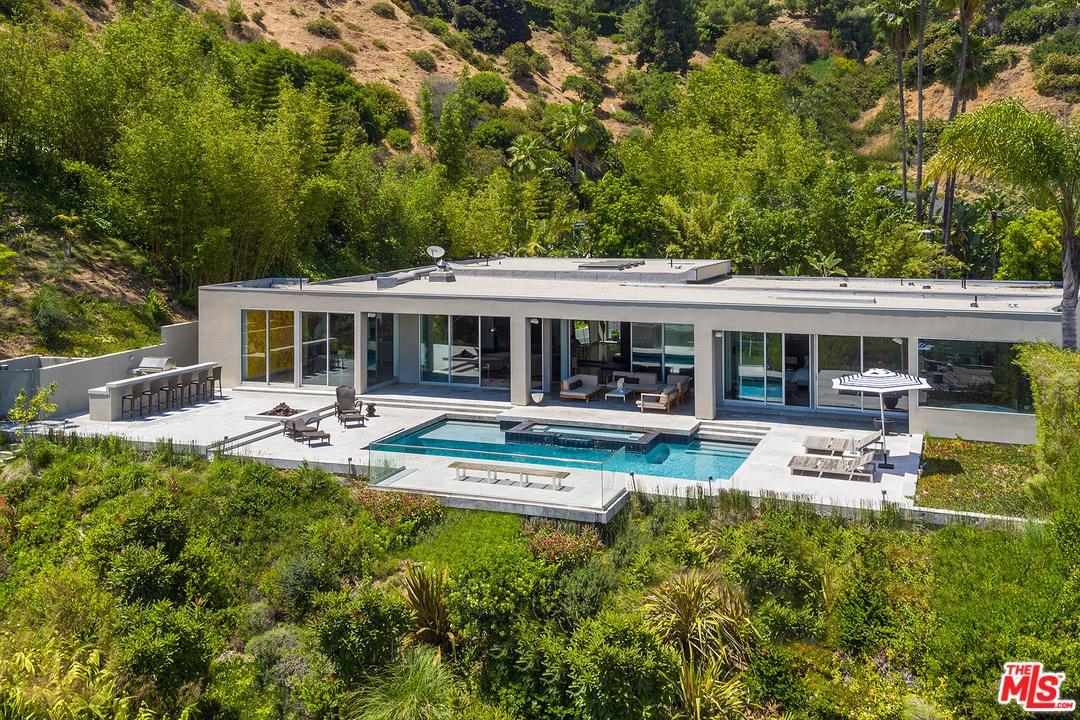 530 LESLIE Lane, Beverly Hills, CA 90210