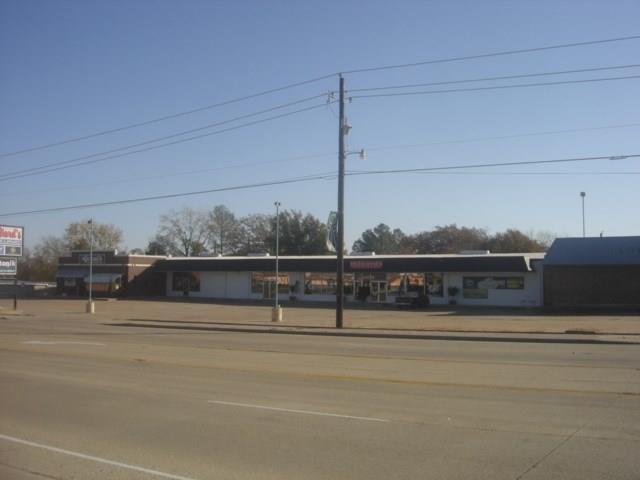 425 N Gun Barrel Lane, Gun Barrel City, TX 75156