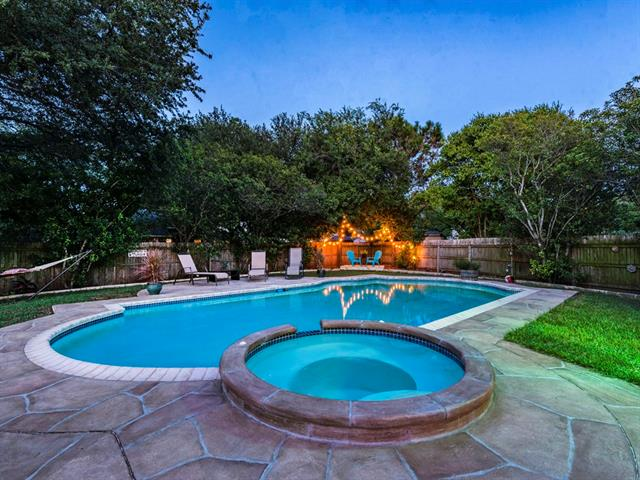 A gem in North Austin's Meadows of Brushy Creek. One story with pool & updates. Fantastic upgrades throughout home including flooring & bathrooms. The floor plan really gets you more bang for your buck, all one story with multiple living areas. Kitchen, dining and living area really flow well together & offer home owners a nice treat as they get to overlook the gorgeous backyard & pool/hot tub. Backyard is your own get away, loads of space even with a pool! Convenient to Austin, Round Rock & Cedar Park