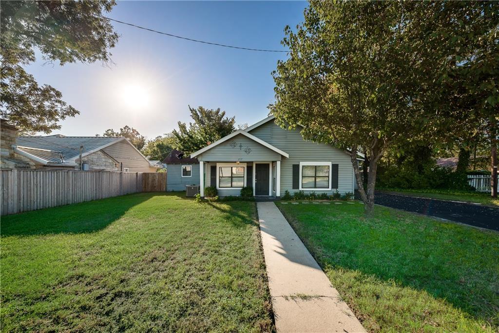 217 S Harmon Street, Fairfield, TX 75840