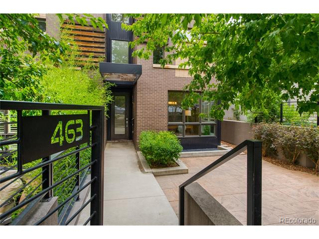Easy. Modern. Fresh. Gorgeous Cherry Creek North townhome just steps to Denver's favorite restaurants, shopping and art galleries. Walnut plank floors are newly refinished, all new carpet, paint and gutters. Move right in and enjoy indoor/outdoor living with patios on all levels, including front sunken patio that is perfect for morning coffee or evening entertaining. Kitchen and family room open to patio. Master bedroom occupies the entire second floor with private deck, fireplace, walk-in closet and 5 piece bath. Third floor features bedroom/bathroom, sitting area and deck. Basement with high ceilings, rec room and two additional bedrooms.