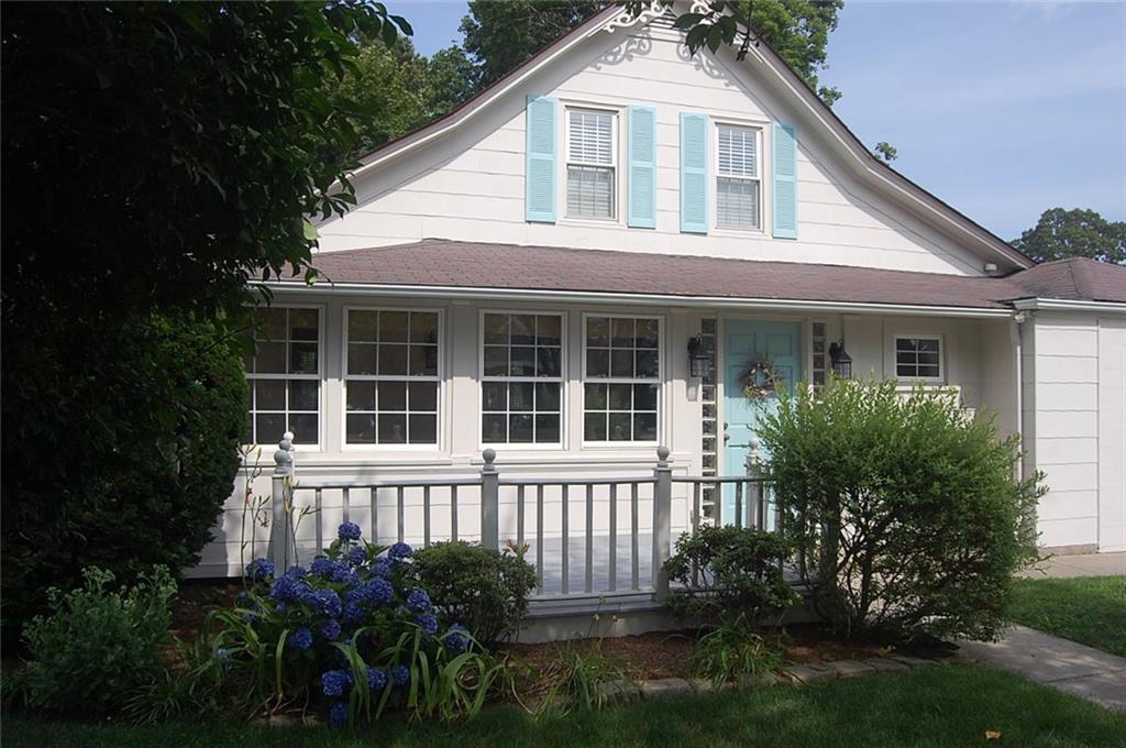 202 Terrace AV, East Providence, RI 02915