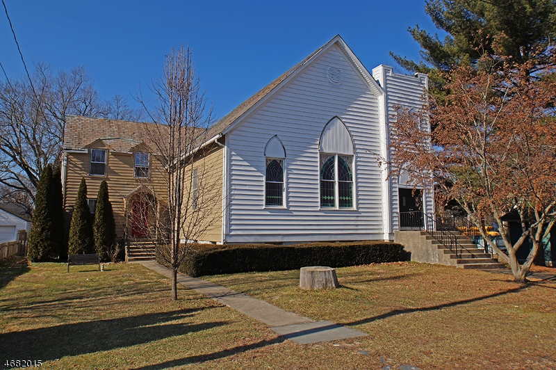 Bring your imagination and desire for lots of space!  Former church/attached manse could make one awesome home or home w/attached chuch/offc space. Will be placed in upcoming auction, 2/17-2/20/18