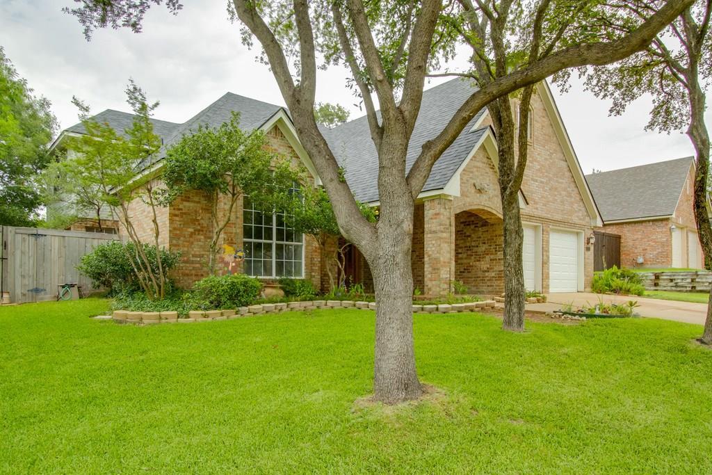 2555 Glen Ridge Drive, Highland Village, TX 75077