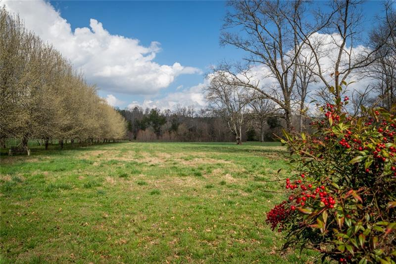 Wow 10 Acres of Land. Bring your toys and enjoy country living