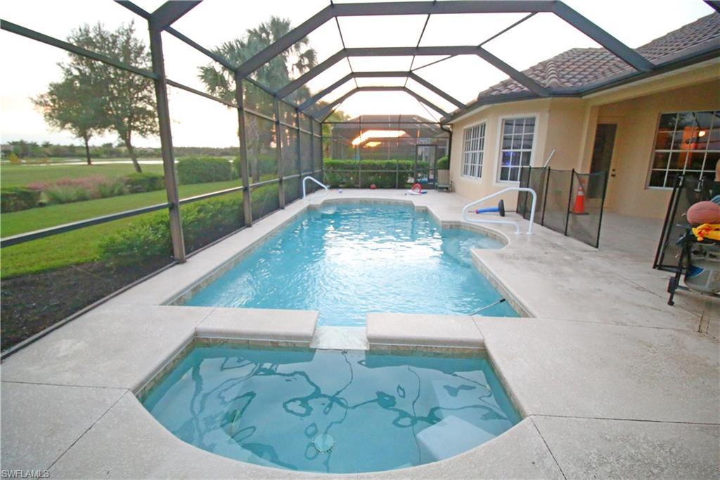 11926 Heather Woods CT, NAPLES, FL 34120