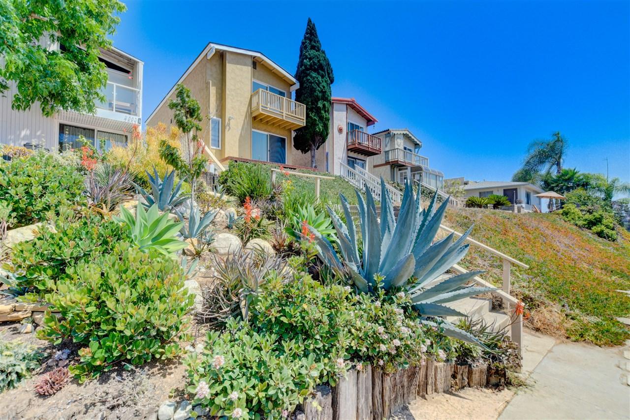 2877 Mcgraw St, San Diego, CA 92117
