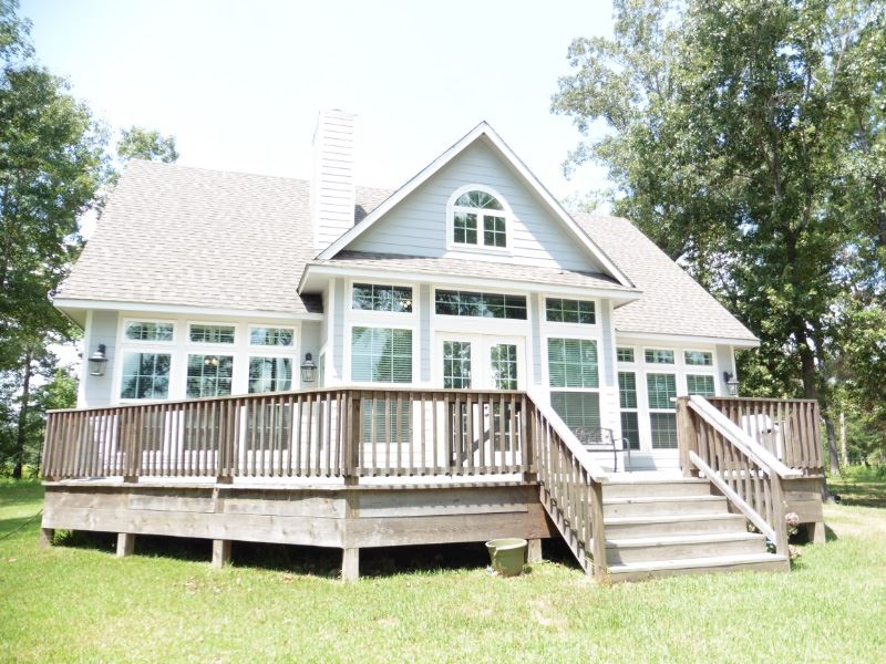 360 Playcation Shores N, Milam, TX 75959