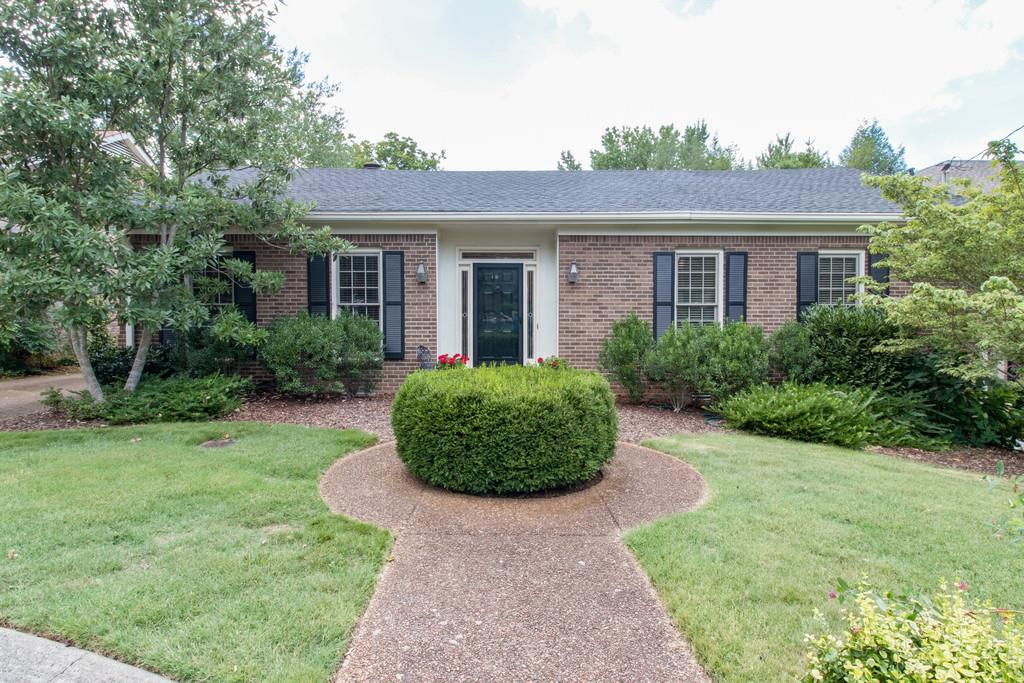 204 Longwood Ct, Nashville, TN 37215