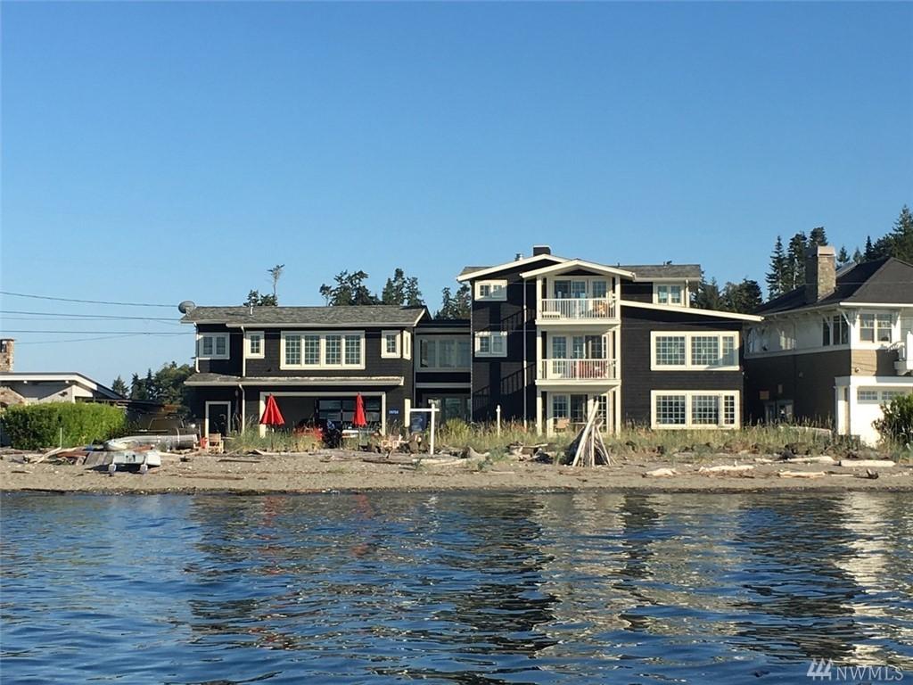 15733 Point Monroe Dr NE, Bainbridge Island, WA 98110