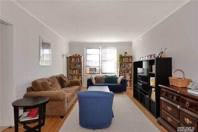 , Forest Hills, NY 11375